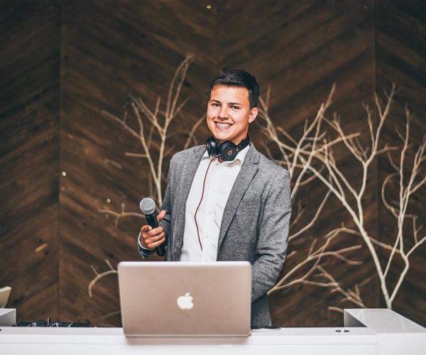 Konferansjer na wesele do oprawy muzycznej ślubu i wesela